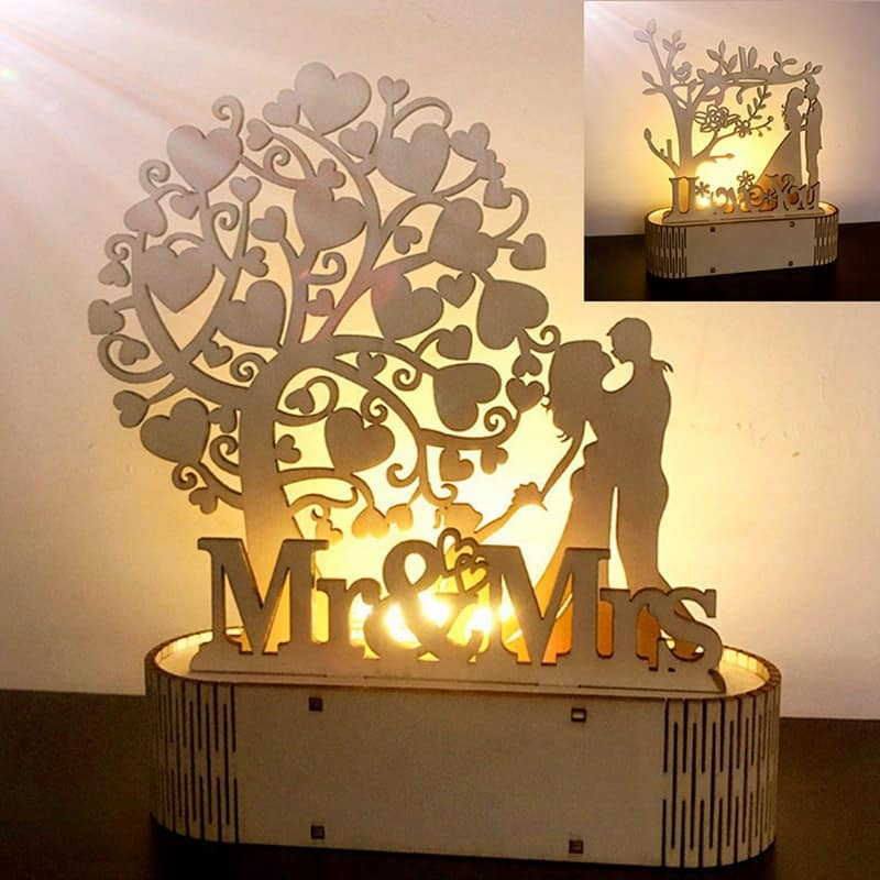 Wooden Ornaments Mr&Mrs Wedding Decoration Rustic Wedding Favors and Gifts Valentine Gift for Girlfriend Wedding Gifts for Guest