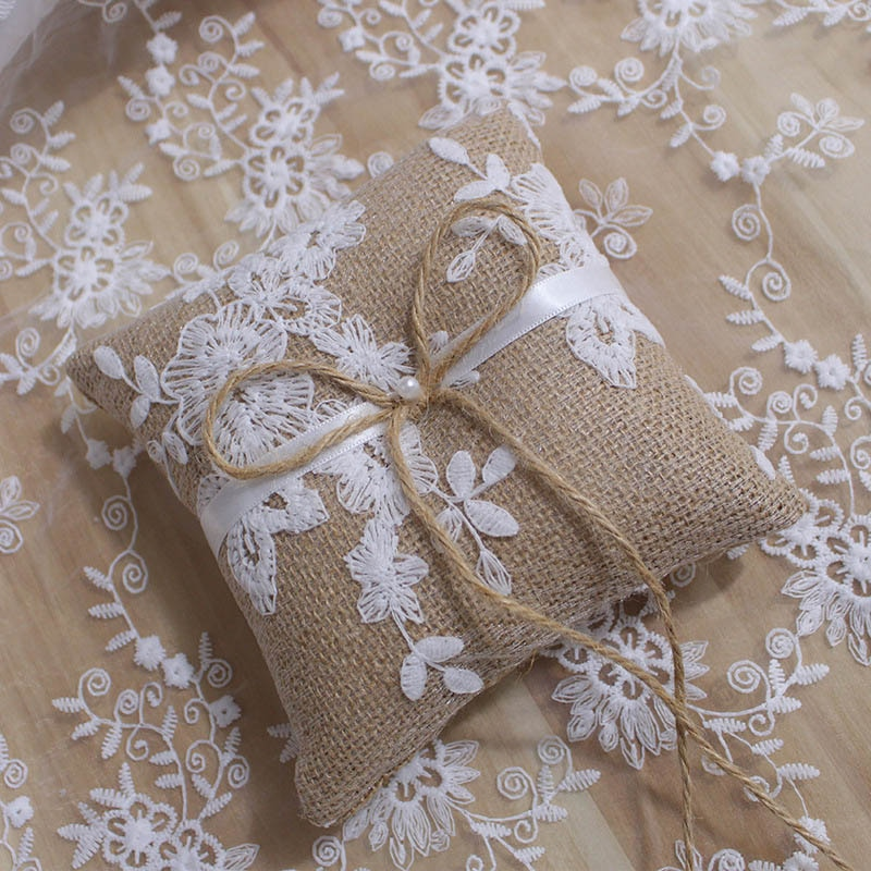 Lace Bow Ring Pillow Vintage European Style for Wedding Engagement Decoration Jewelry Rings Cushion Vintage Burlap Jute Cushion
